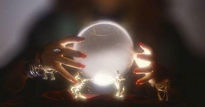 kristallipallo.