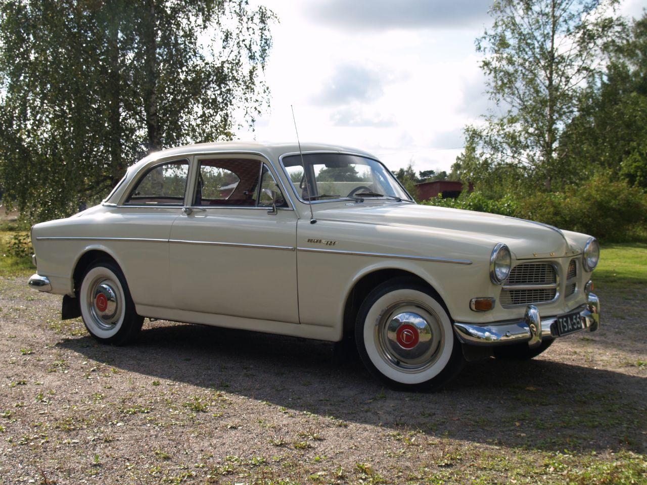 Volvo_amazon_1964.